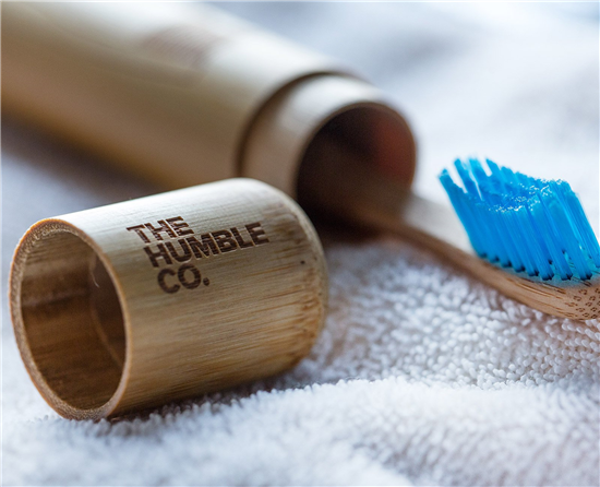 humblebrush-bamboo-toothbrush-case-3